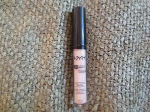 NYX HD Photogenic Concealer in CW05 Medium